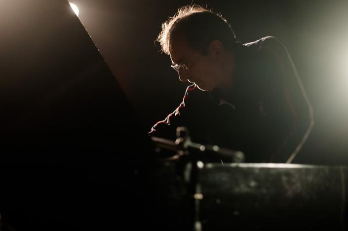 Mauel Guimarães, pianista trans-idiomático